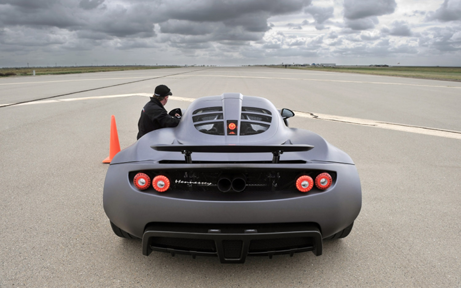2013 Hennessey Venom GT Runway Rear View1