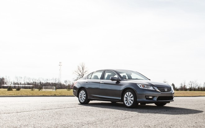 2013 Honda Accord Touring Front Right View 31 660x413
