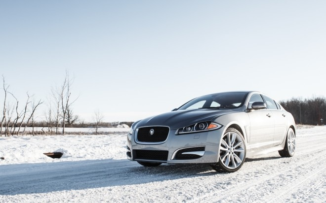 2013 Jaguar XF 2 0T Front Left View 11 660x412