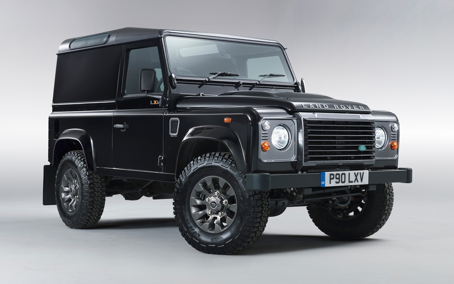 2013 Land Rover Defender 90 LXV Special Edition Front Three Quarters View1
