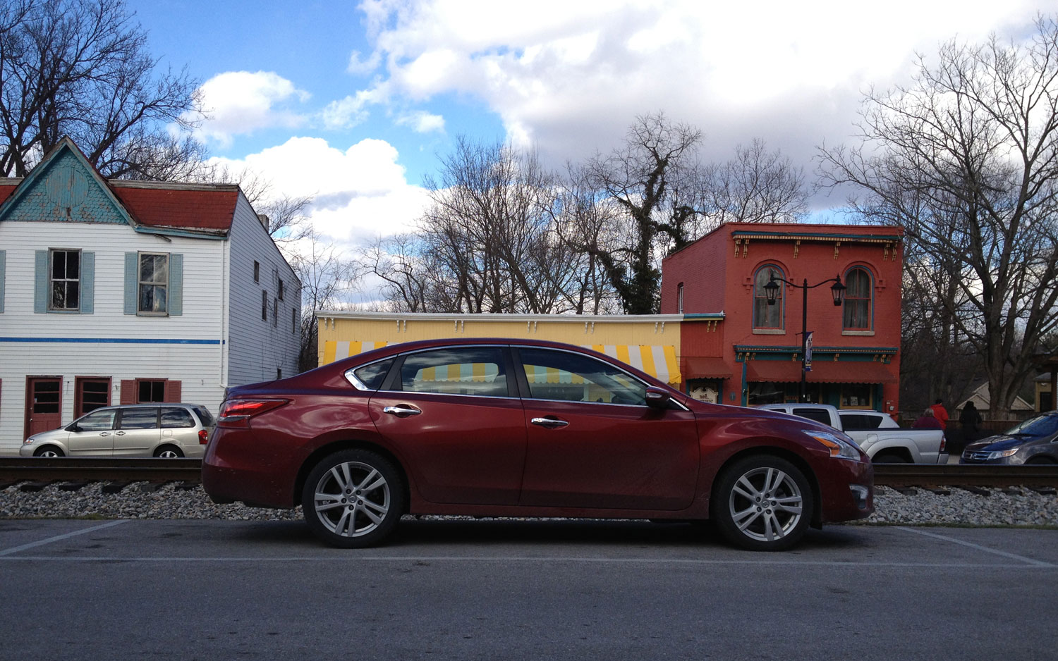 2013 Nissan Altima 3 5 SL Right Side View