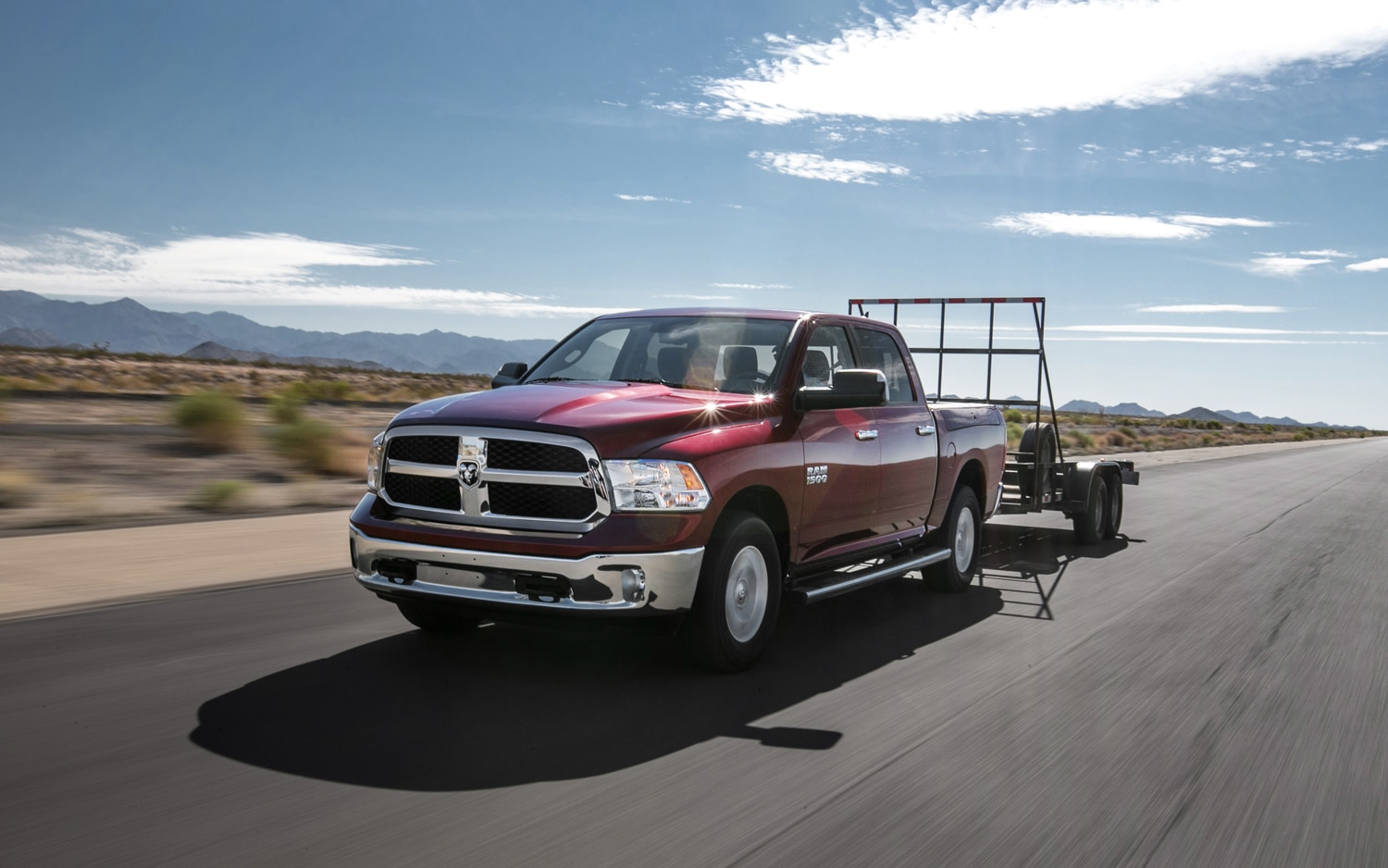 2013 Ram 1500 SLT Front Three Quarter Tow1