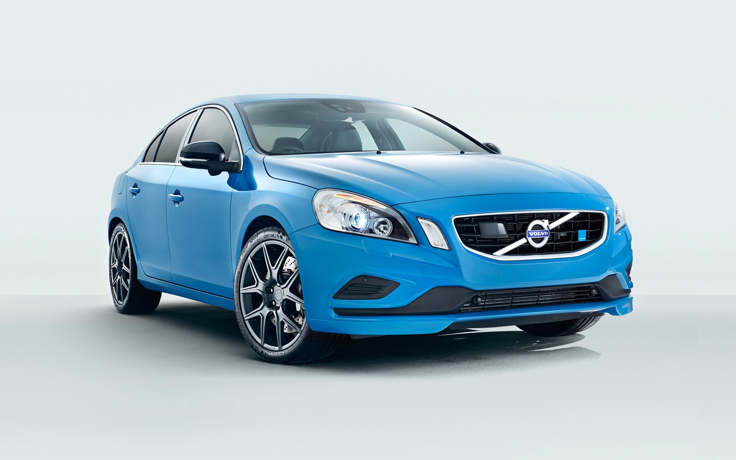 2013 Volvo S60 Polestar Front Three Quarter1
