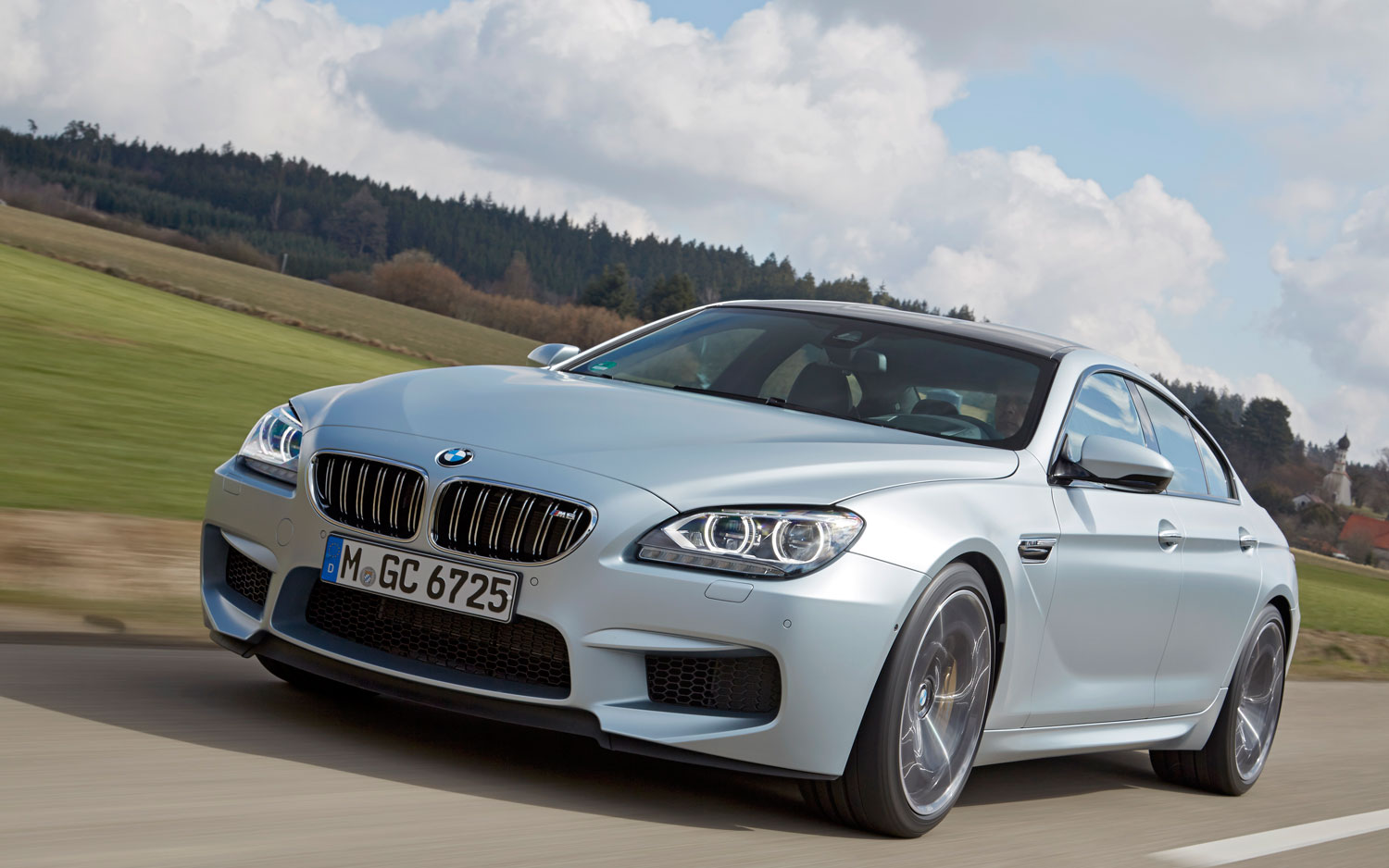 2014 bmw m6 gran coupe first drive automobile magazine. Black Bedroom Furniture Sets. Home Design Ideas