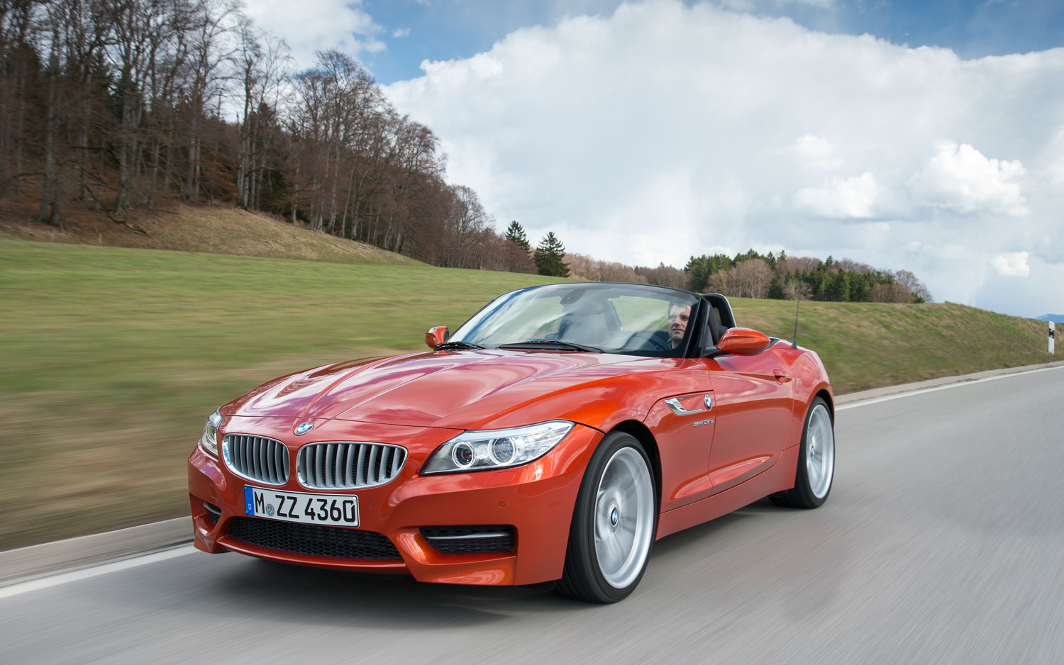 2014 BMW Z4 Front Left View 21