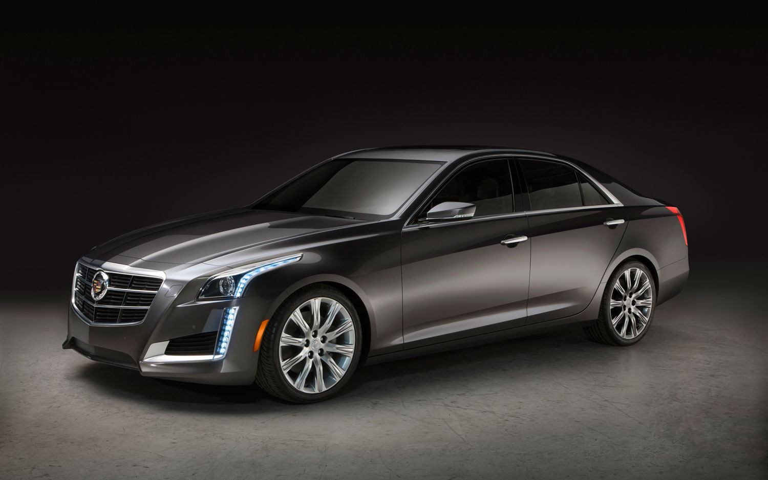 2014 Cadillac CTS Front Left Side View1