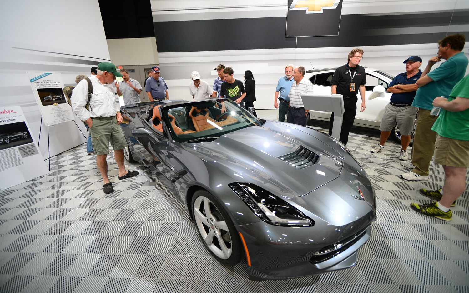 2014 Chevrolet Corvette Stingray Convertible Front Three Quarter At Auction1