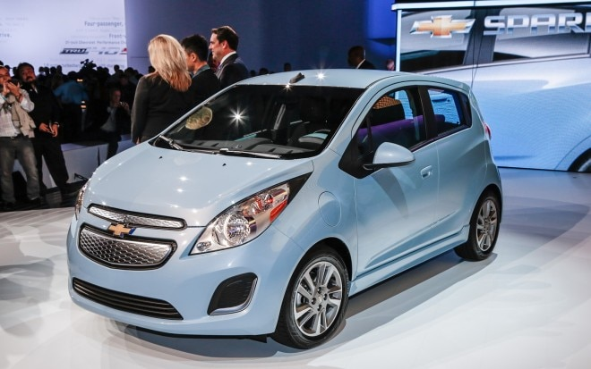 2014 Chevrolet Spark EV Front Left View1 660x413