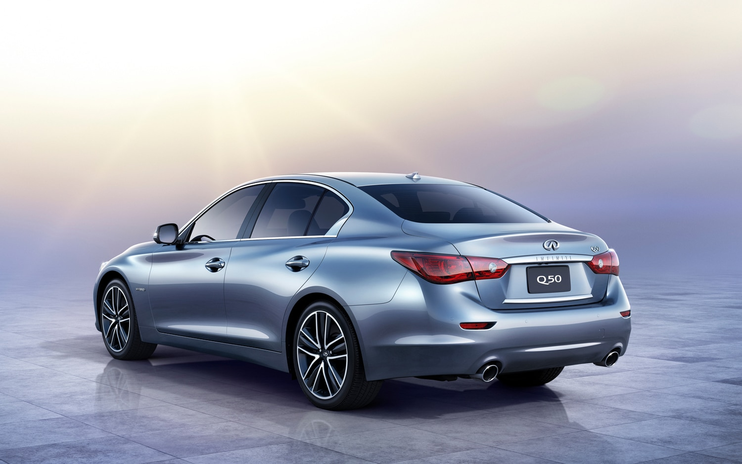 2014 Infiniti Q50 Rear Left View1