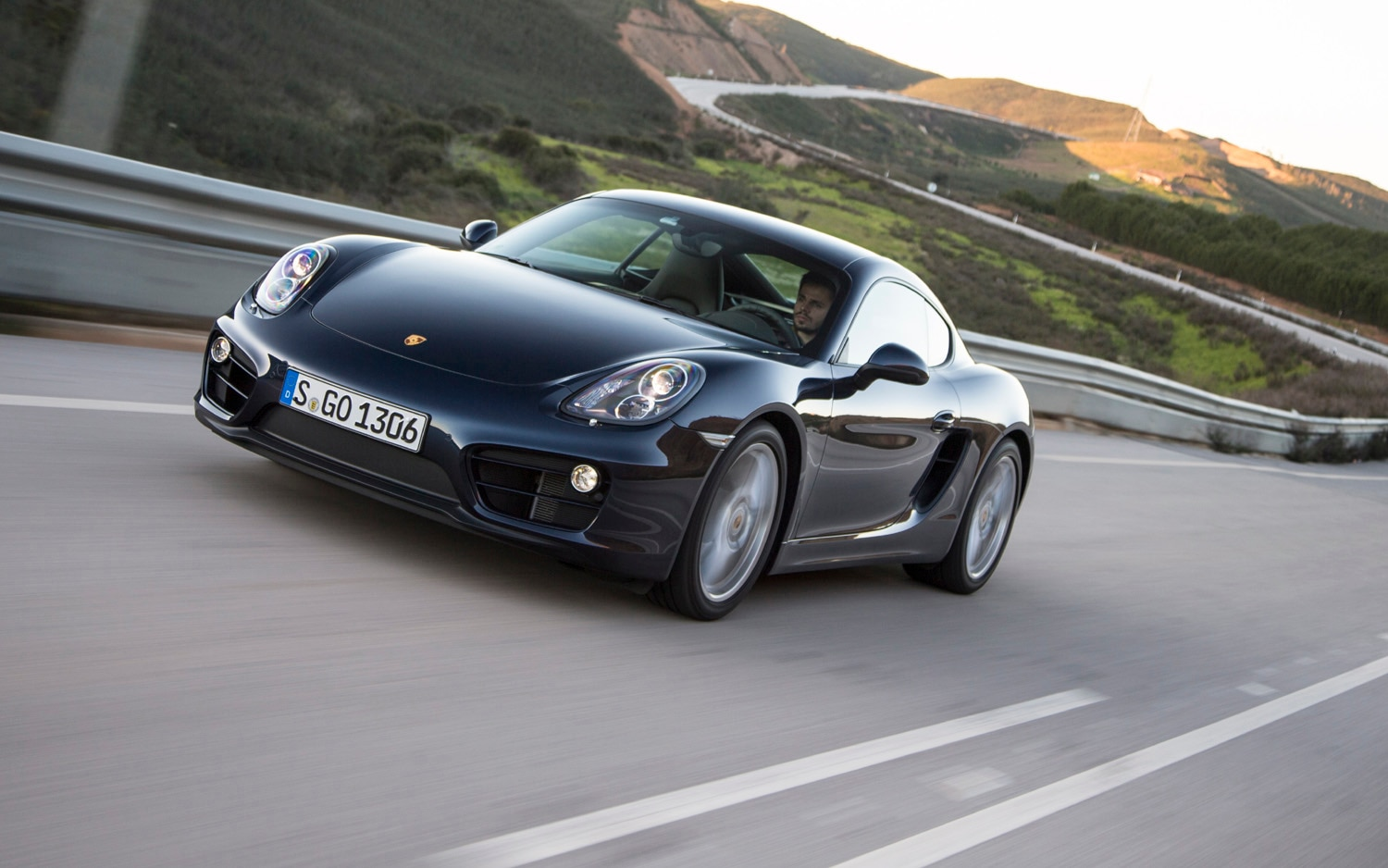 2014 Porsche Cayman Front Left View