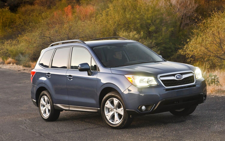 2014 Subaru Forester Front Three Quarter1