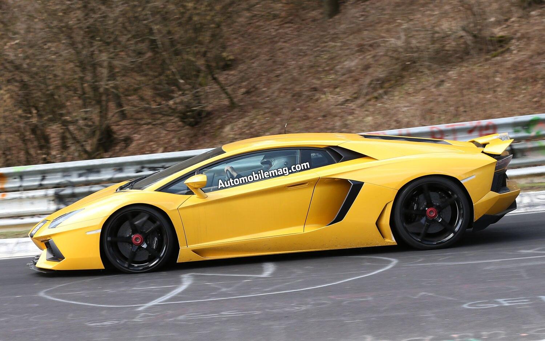 2015 Lamborghini Aventador SV Prototype Left View1