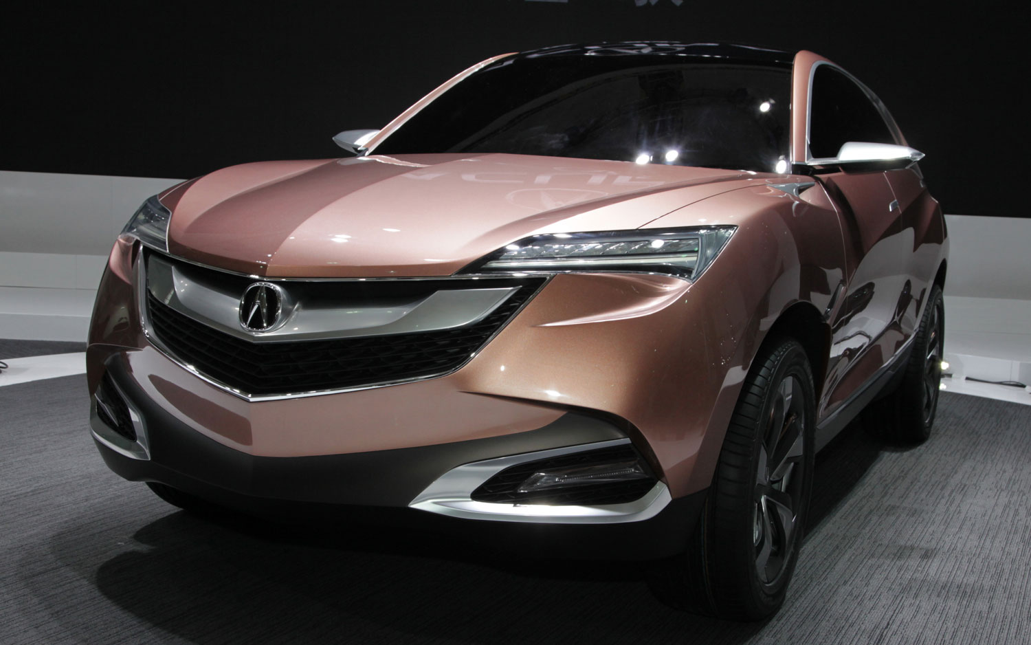 Honda concept m acura suv x debut in shanghai for Honda large suv