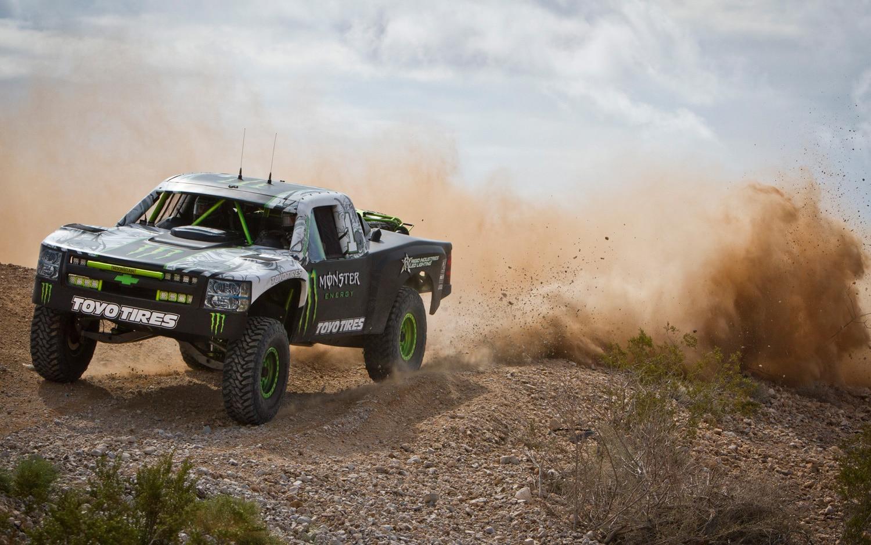Watch B J Baldwin Jump A Nissan Gt R With A Trophy Truck