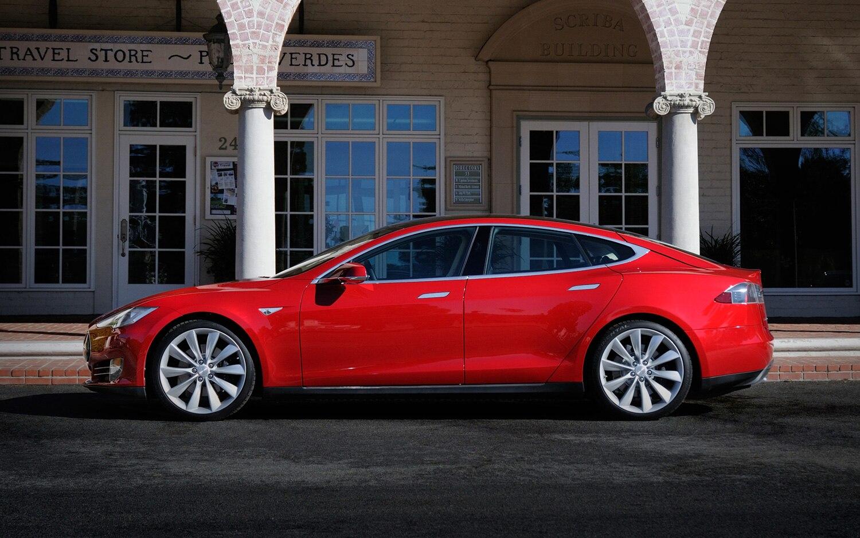 Tesla Model S Profile Red1