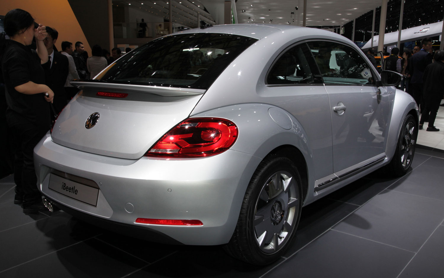 Volkswagen IBeetle Right Rear1