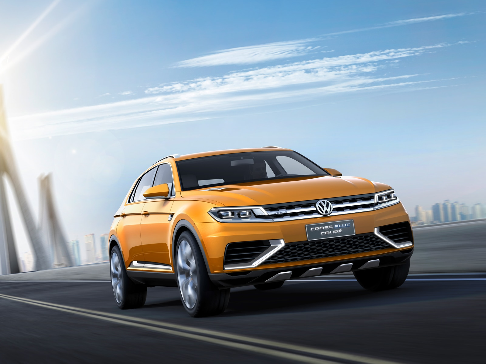 Volkswagen Crossblue Coupe Concept Front Right Action1