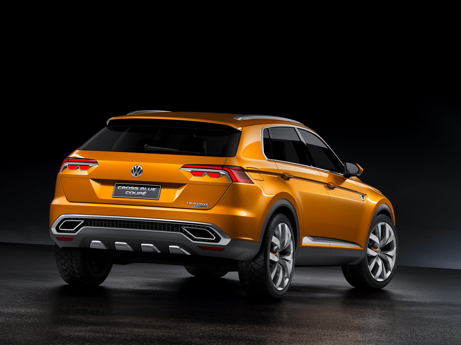 Volkswagen CrossBlue Coupe Concept First Look Automobile