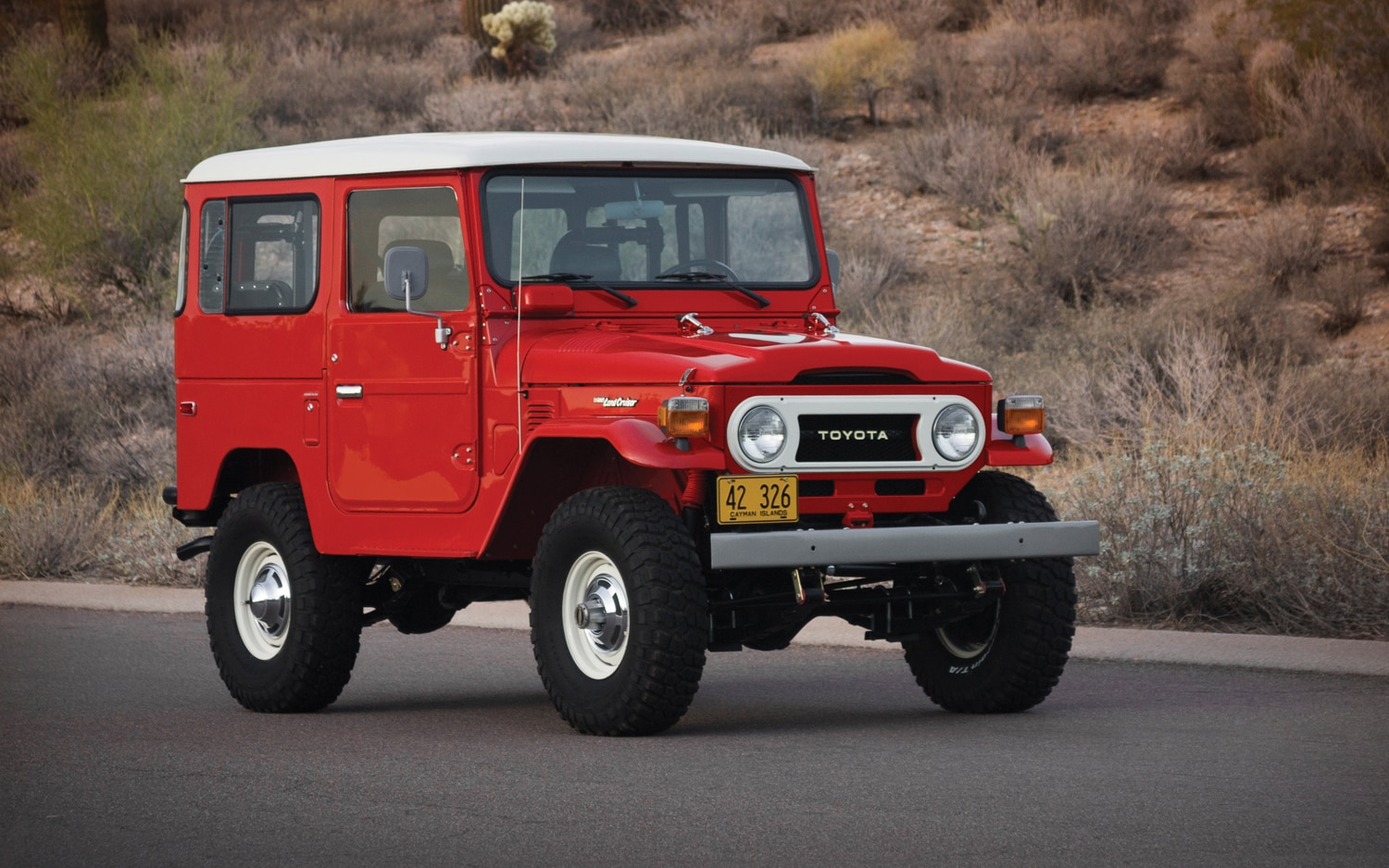 1978 Toyota Land Cruiser FJ40 Front Right Side View1
