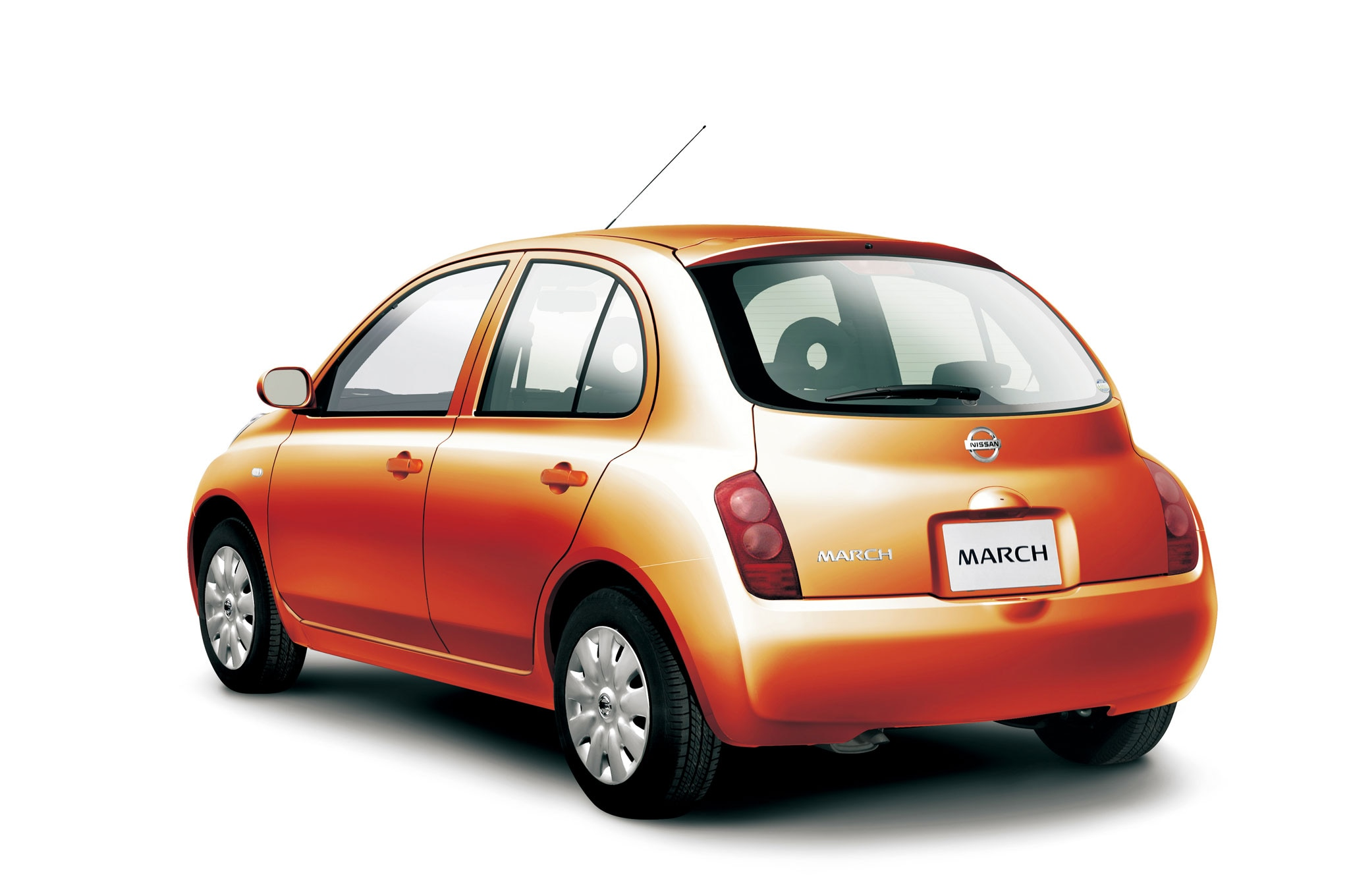 Nissan Recalls 841,000 2002-2006 Micra, Cube Models For