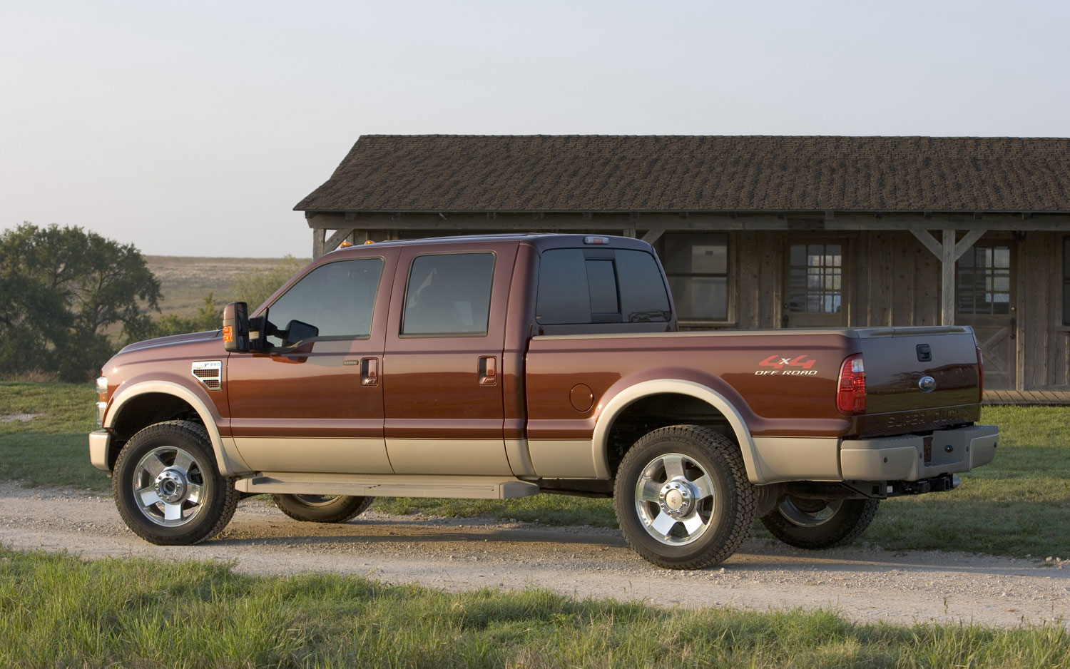 Complaints Of Steering Loss On 2008 Ford Super Duty Reported To Nhtsa