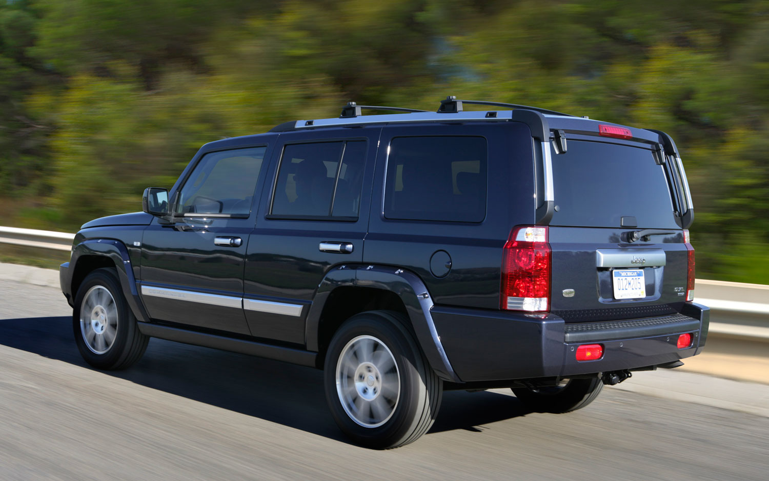 recall central 2005 2010 jeep grand cherokee commander suvs for transmission software. Black Bedroom Furniture Sets. Home Design Ideas
