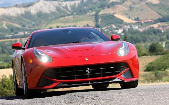 2012 Ferrari F12 Berlinetta Front View1 660x413
