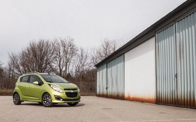2013 Chevrolet Spark 2LT Front Right View 11 660x412