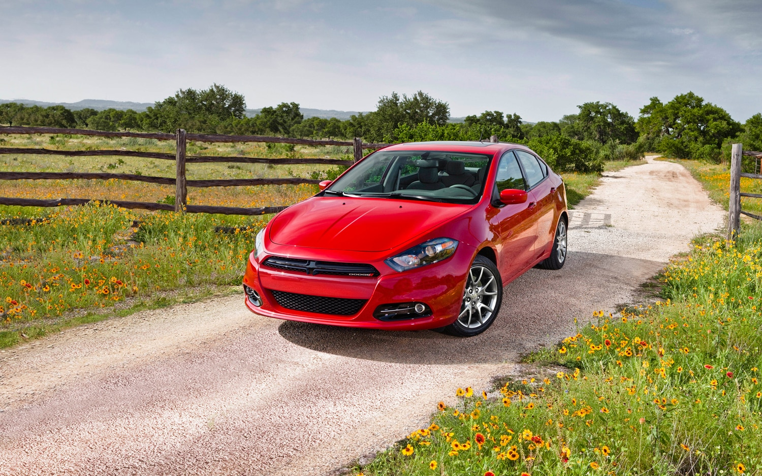 2013 Dodge Dart SXT Special Edition Front Three Quarter1