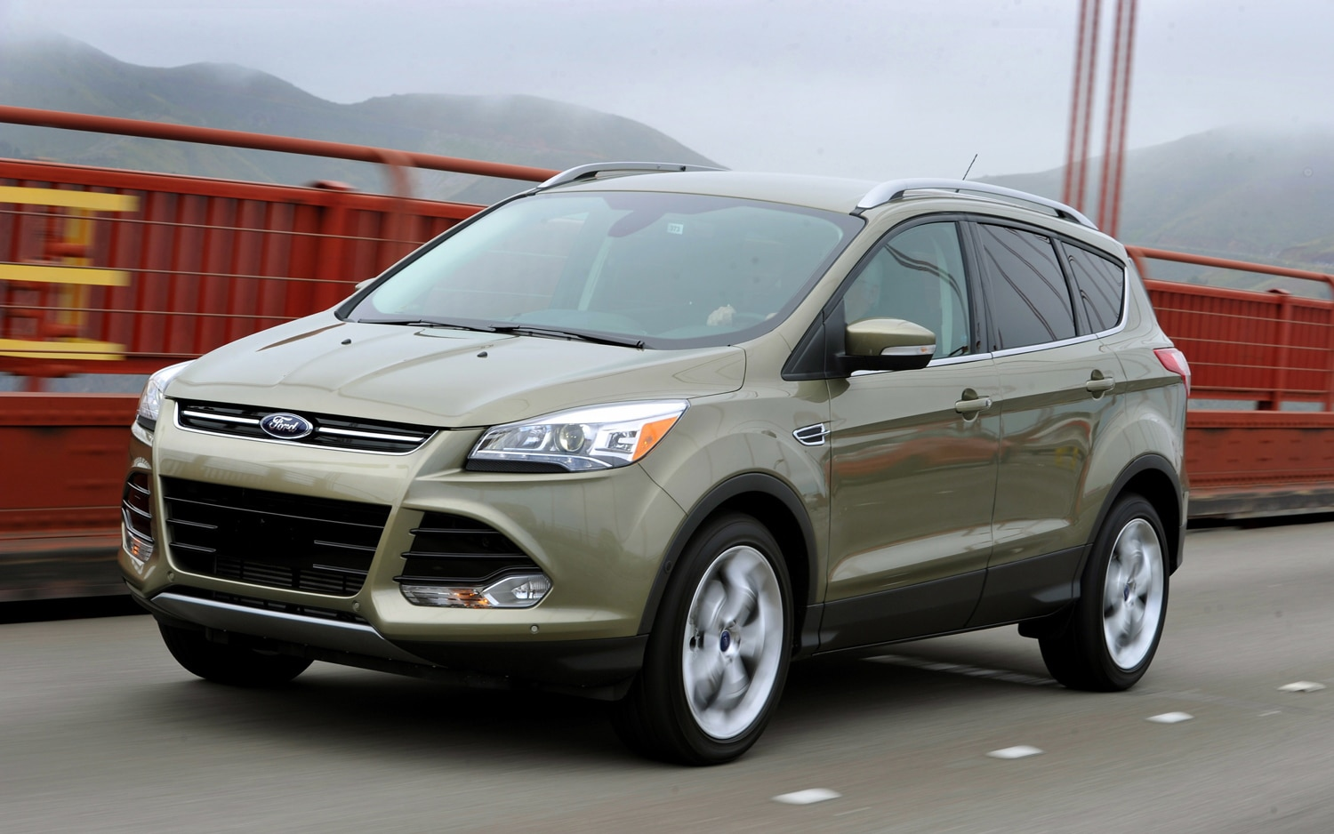 2013 Ford Escape Front Three Quarter1