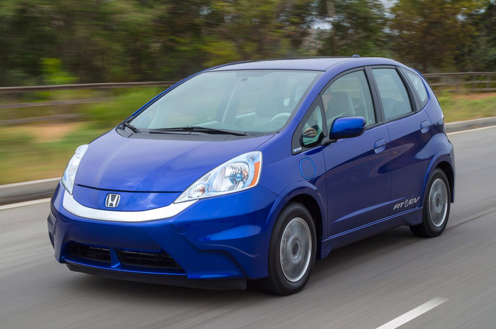 2013 Honda Fit EV Front Three Quarter Motion1