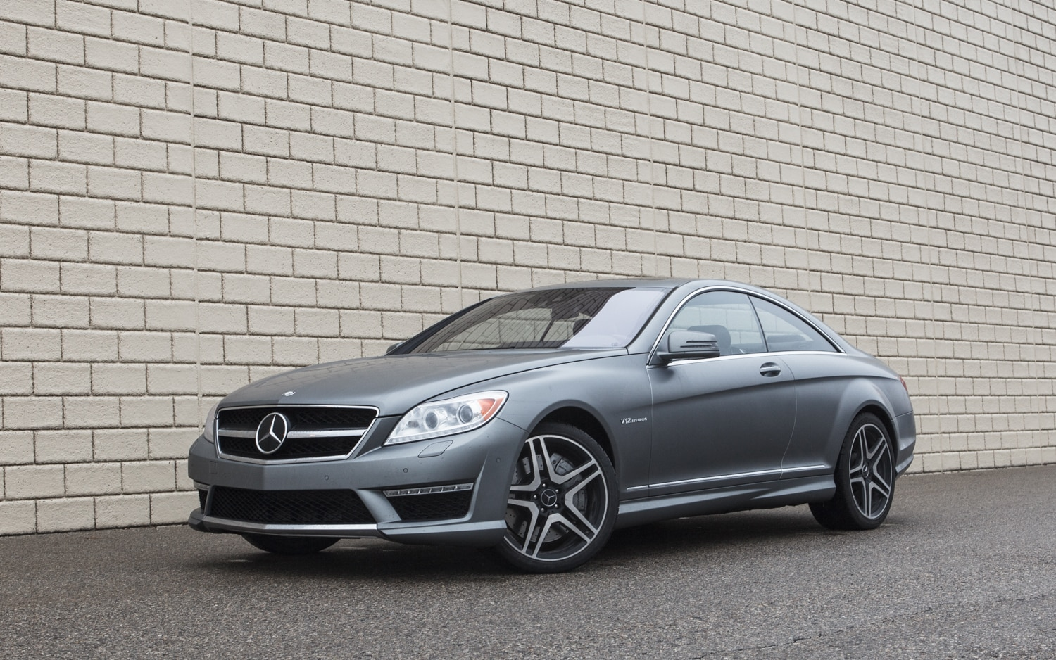 2013 Mercedes Benz CL63 AMG Front Left Side View 11