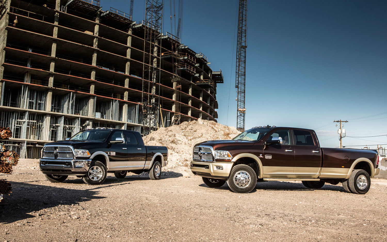 2013 Ram 2500 And 3500 Front Left Side View1