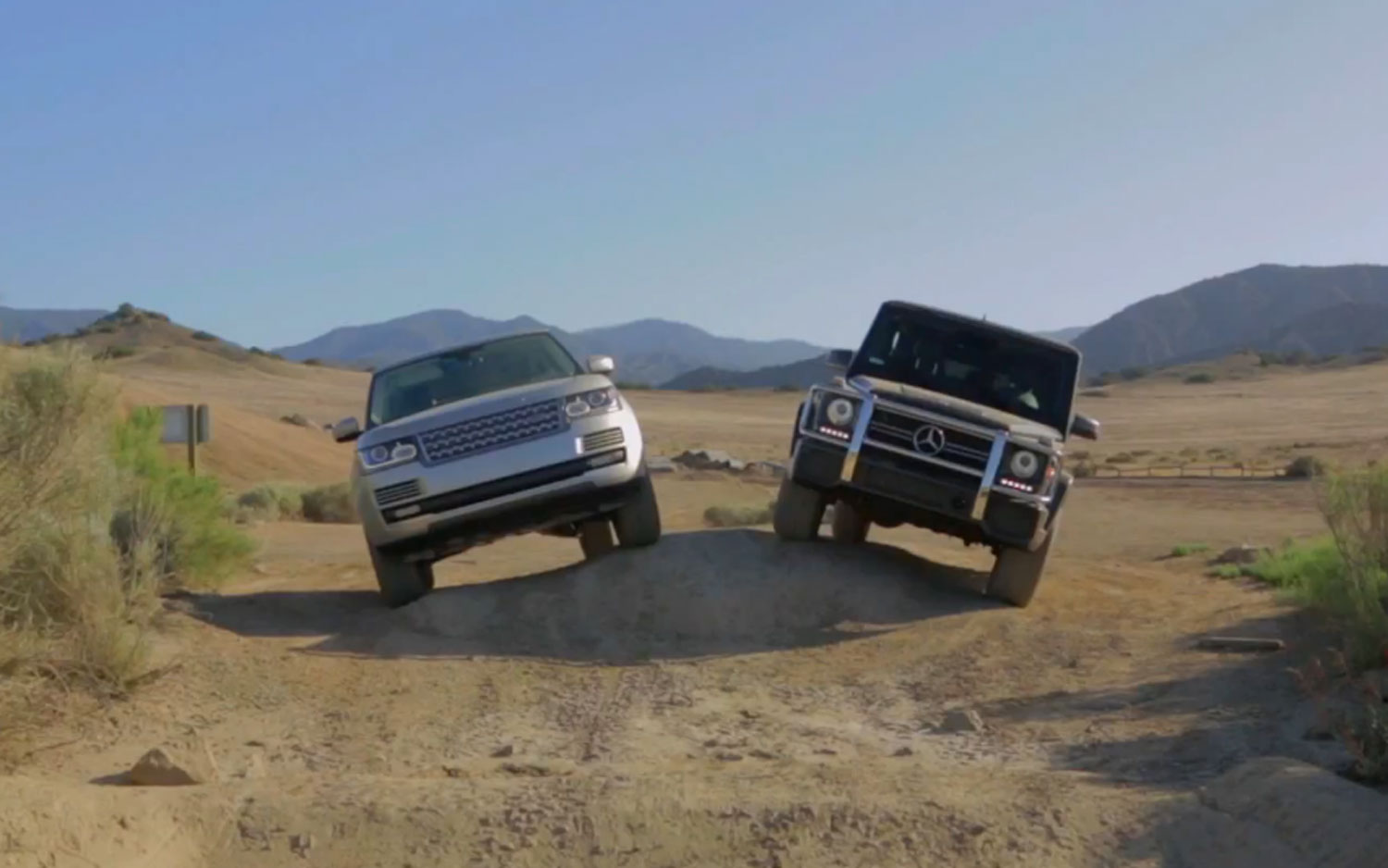 2013 Range Rover And Mercedes Benz G63 Front View1