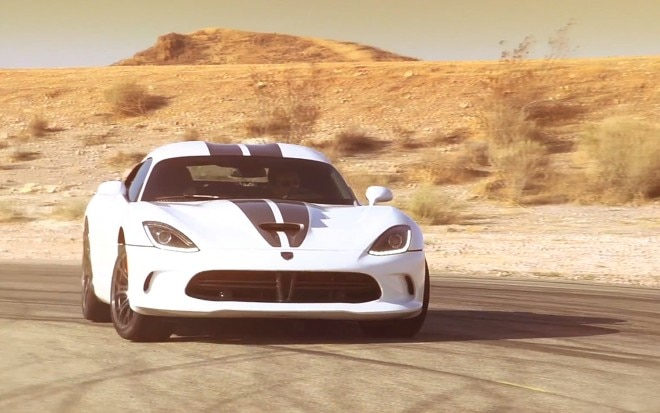 2013 SRT Viper Front Three Quarter On Track1 660x413