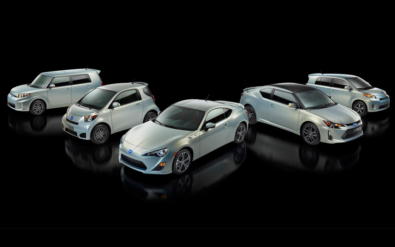 2013 Scion 10 Series Line1
