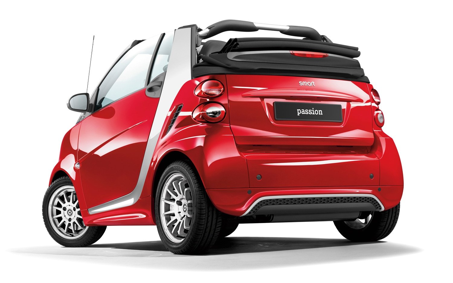 2013 Smart Fortwo Passion Convertible Rear Three Quarter1