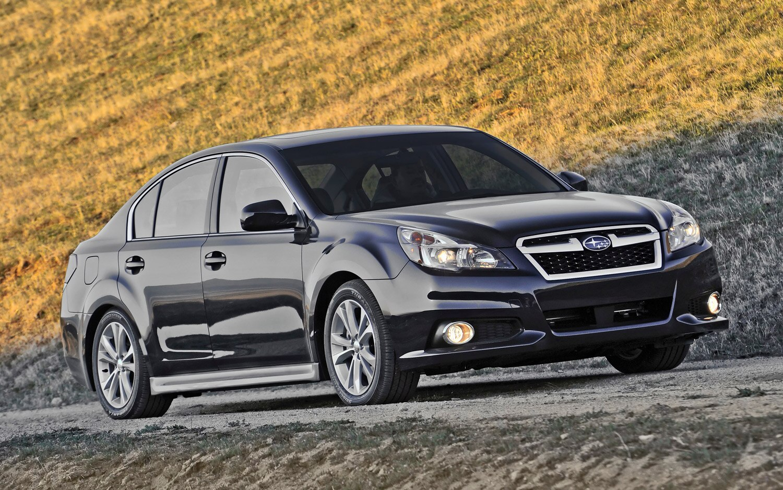 2013 Subaru Legacy Front Three Quarter 11