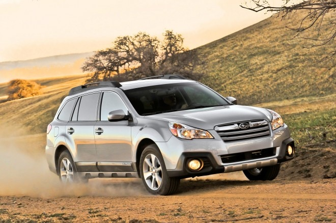 2013 Subaru Outback Front Three Quarter1 660x438