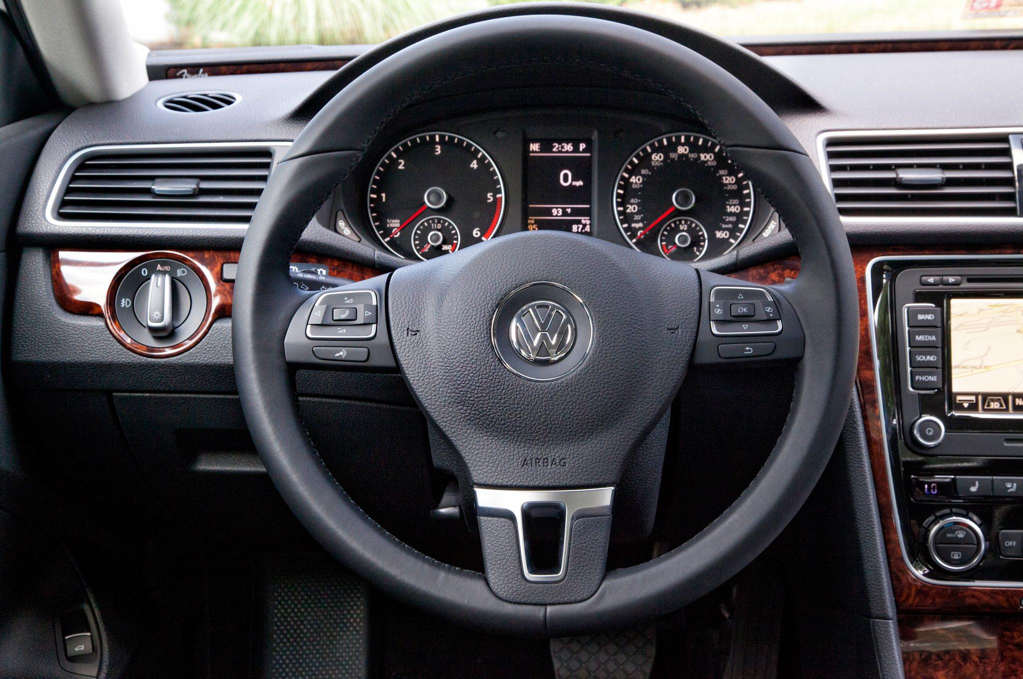 250 000th volkswagen passat rolls off assembly line for Volkswagen passat interior