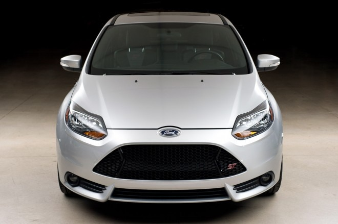2013 Ford Focus St Front View1 660x439