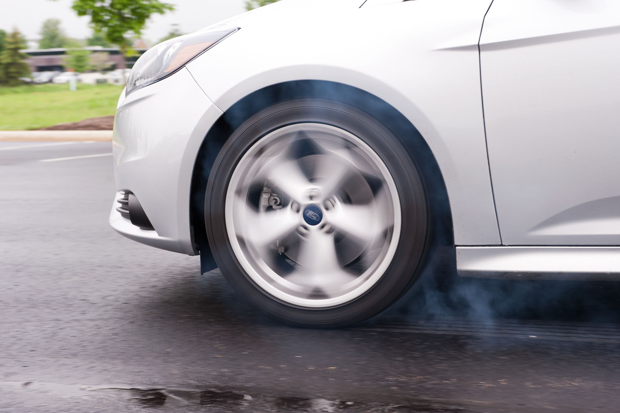 2013 Ford Focus St Tire Smoke11