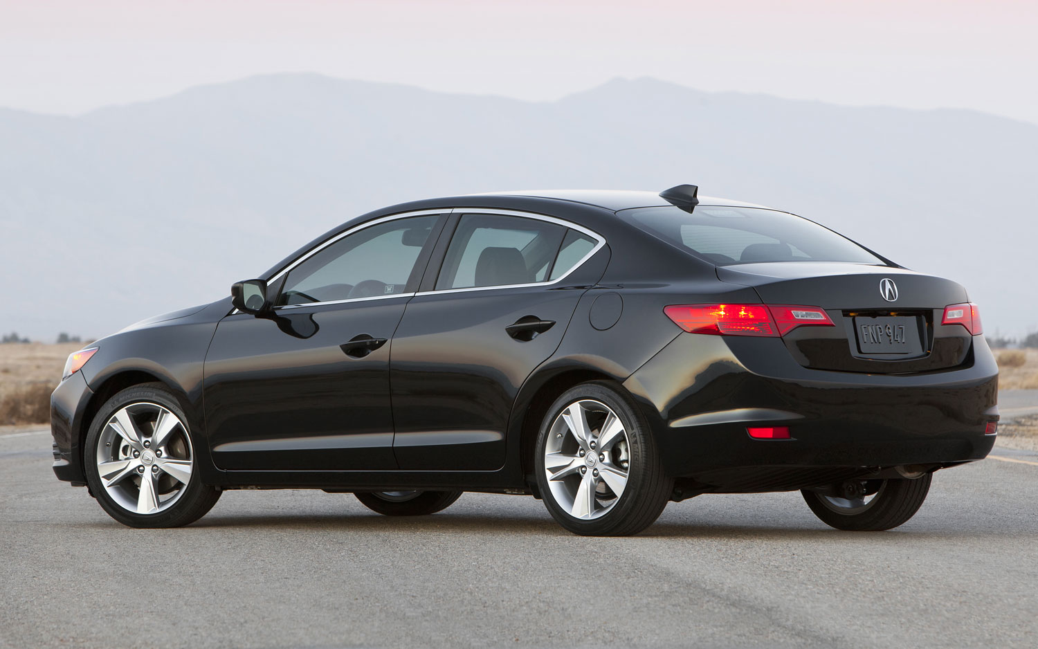 2014 acura ilx sedan priced at 27 795. Black Bedroom Furniture Sets. Home Design Ideas