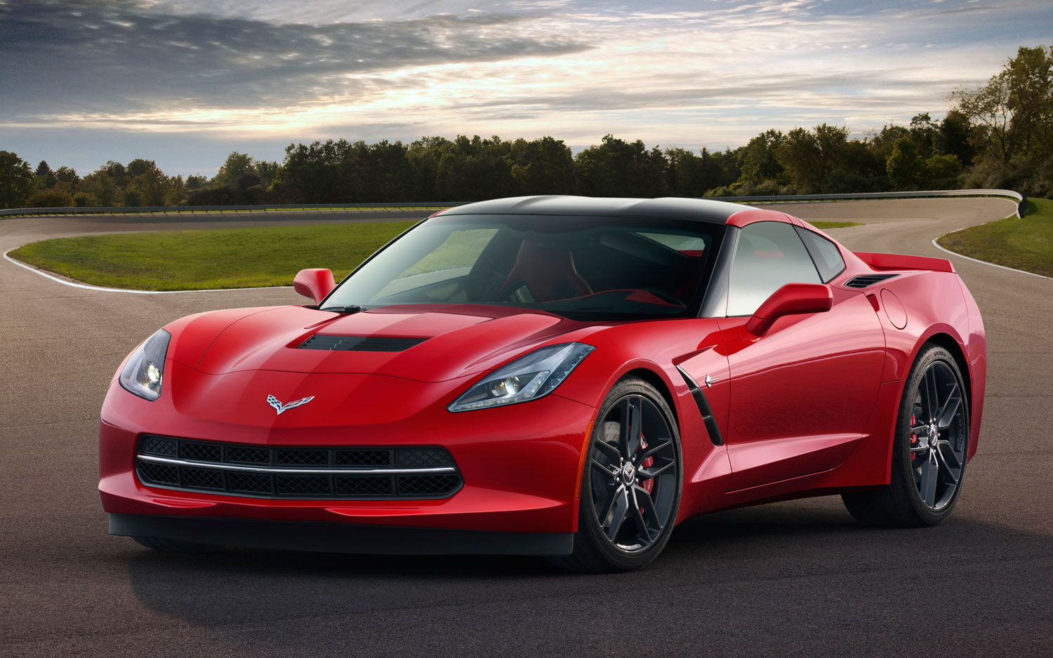 2014 Chevrolet Corvette Stingray Front Left Side1