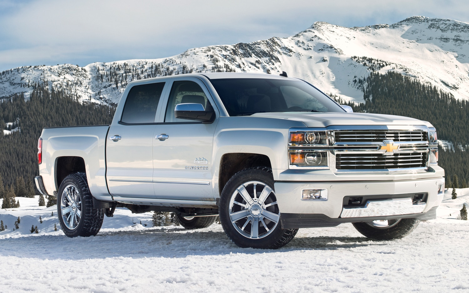 2014 chevrolet silverado first drive automobile magazine. Black Bedroom Furniture Sets. Home Design Ideas