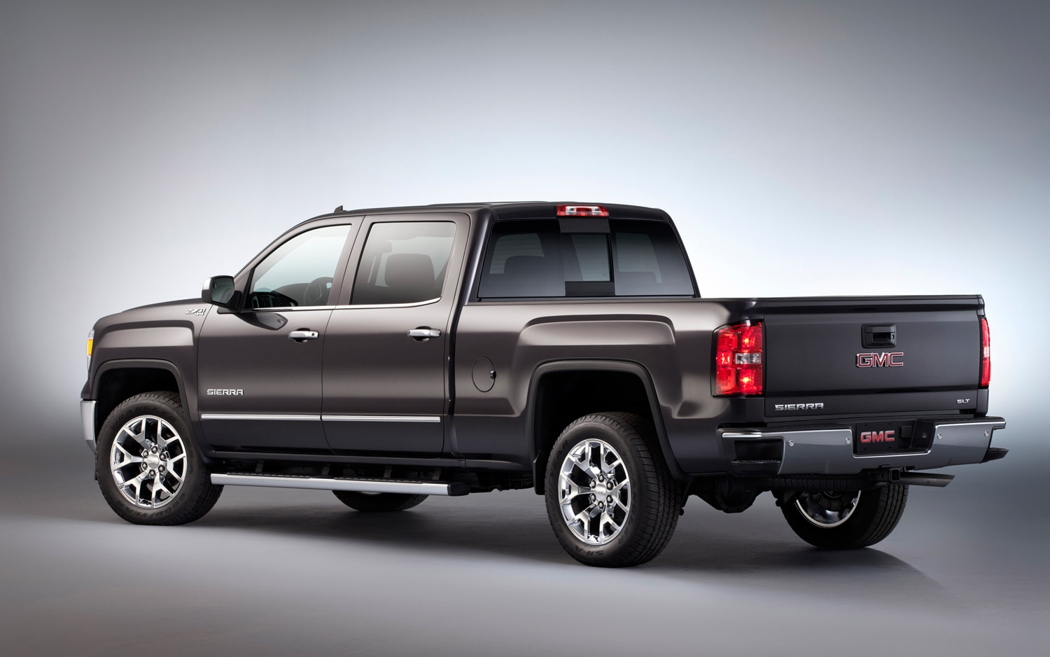 2014 chevrolet silverado claims best in class standard v 6 torque. Black Bedroom Furniture Sets. Home Design Ideas