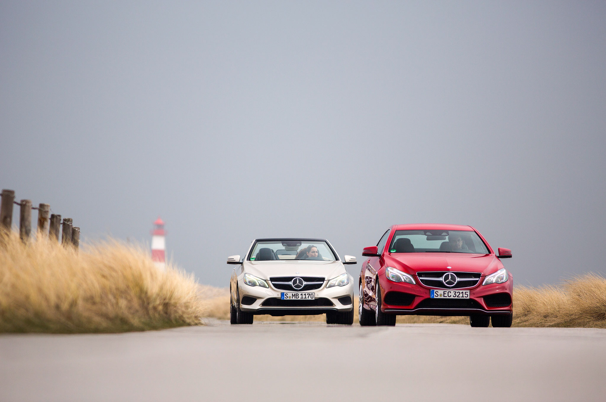 2014 mercedes benz e class coupe and cabrio first drive for Mercedes benz magazine