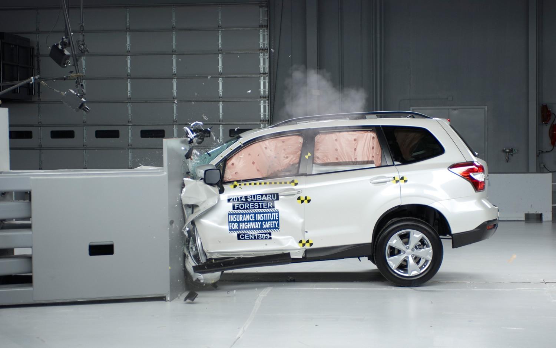 2014 Subaru Forester Crash Test1