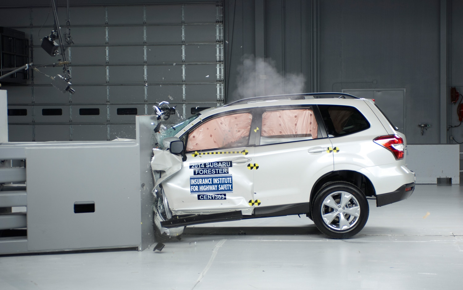 2014 Subaru Forester Crash Test1