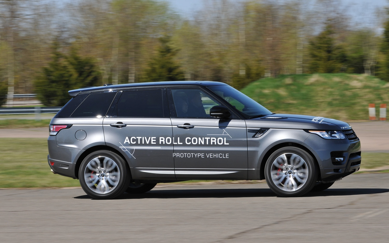 2014 Land Rover Range Rover Sport Right Side1